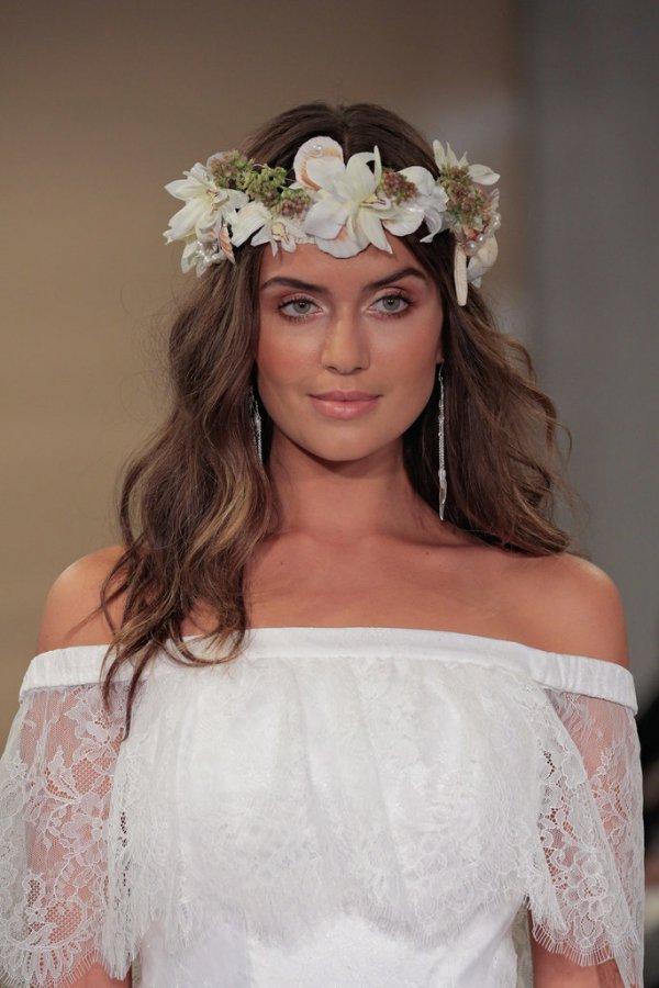 hair, bride, clothing, bridal accessory, wedding dress,