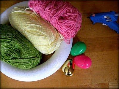 Yarn-Wrapped Eggs