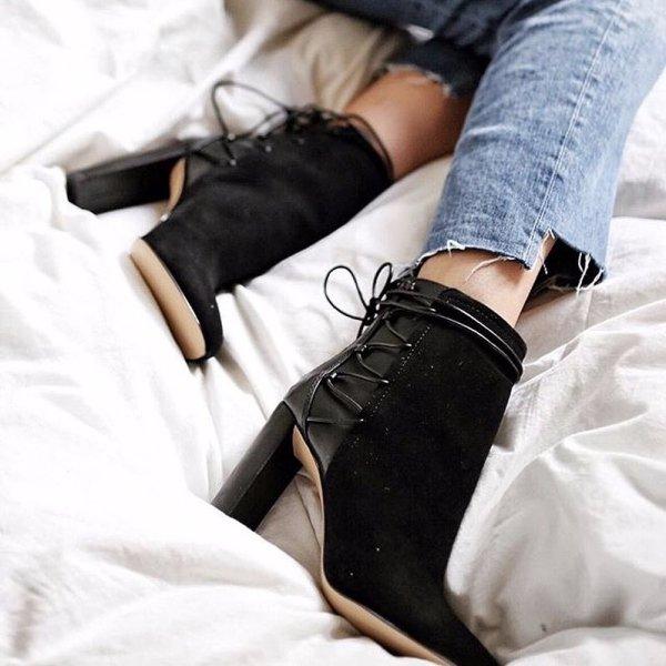footwear, joint, leg, shoe, shoulder,