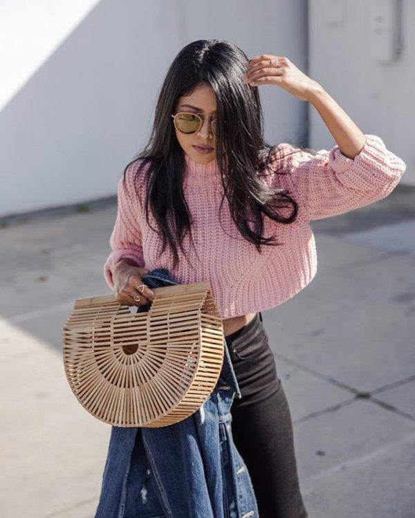 clothing, bag, handbag, hairstyle, leather,