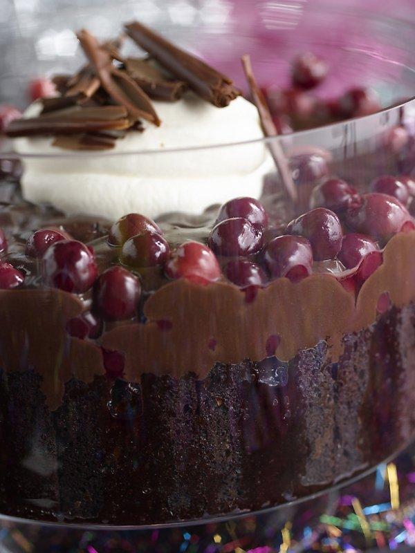 Chocolate Cherry Trifle Pudding