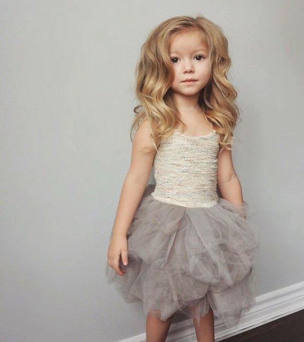 clothing,dress,blond,wedding dress,sleeve,