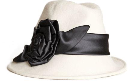 Domino Flower Appliqué Cloche Hat
