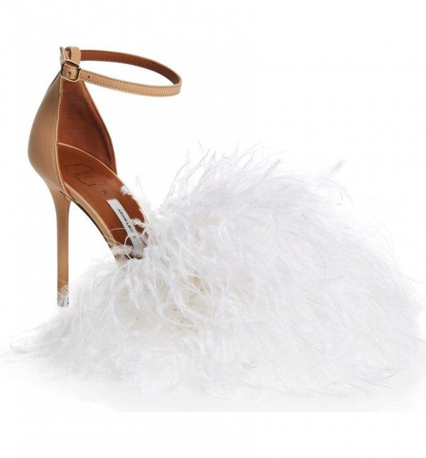 footwear, shoe, fashion accessory, fur, leather,