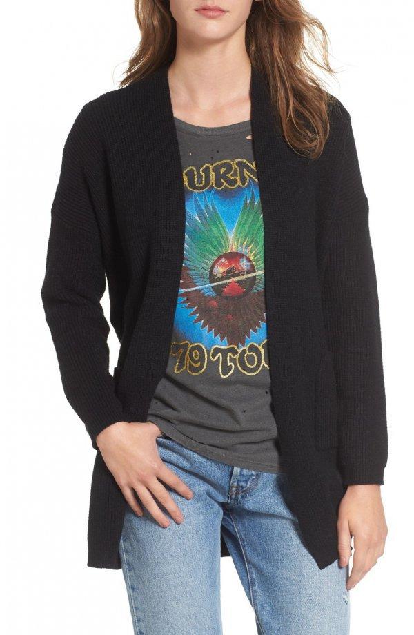 clothing, sleeve, long sleeved t shirt, outerwear, sweatshirt,