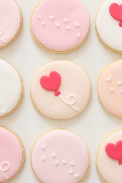 pink,food,dessert,icing,sugar paste,