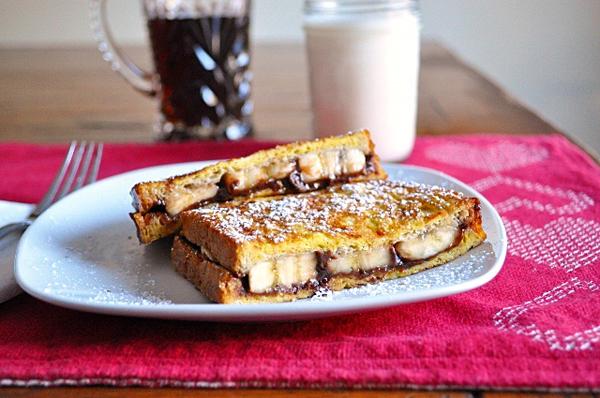 Nutella & Banana Stuffed French Toast