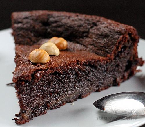 Flourless Nutella Chocolate Cake