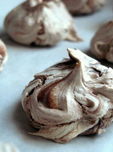 Nutella Meringues