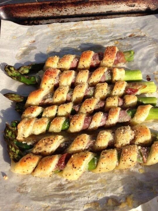 Bacon Asparagus Garlic Twists