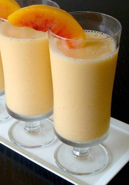 Gwyneth Paltrow's Peachy Protein Breakfast Smoothie