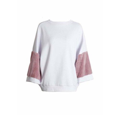 white, clothing, pink, sleeve, shoulder,