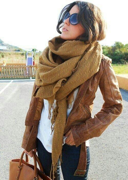 clothing,brown,fashion accessory,fur clothing,fur,