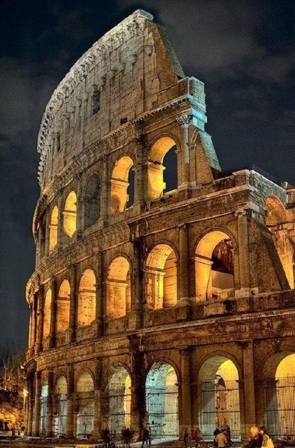 Colosseum,landmark,building,night,ancient history,