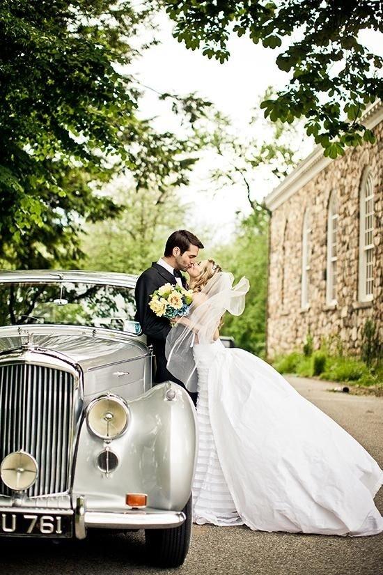 photograph,bride,car,man,wedding,