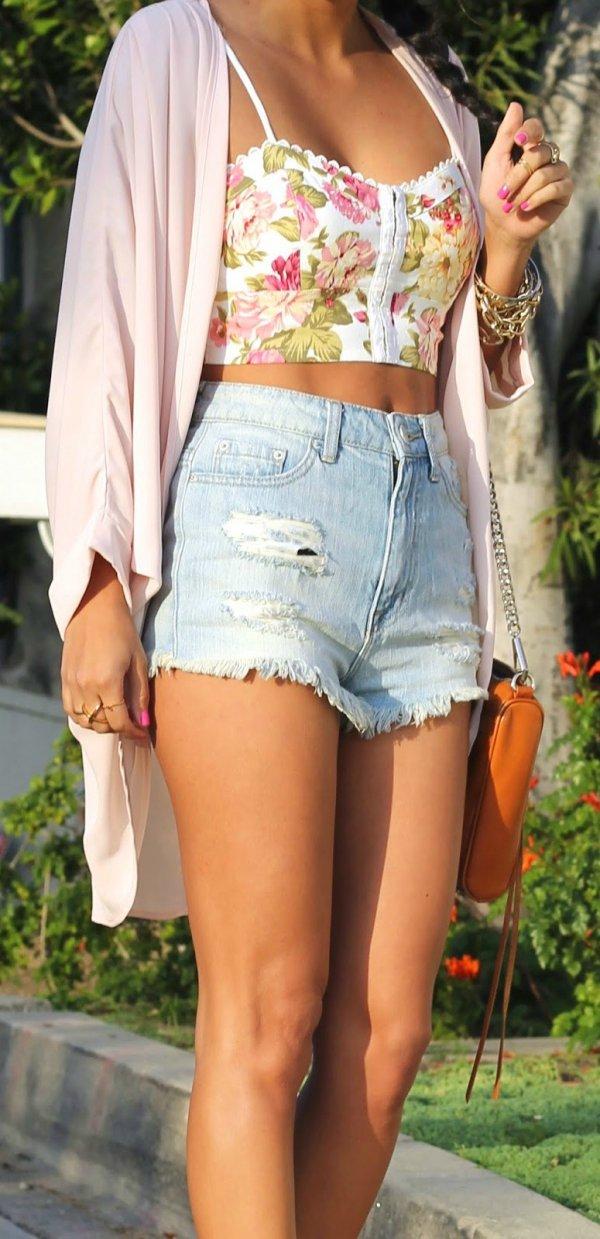 hair,clothing,blond,beauty,leg,