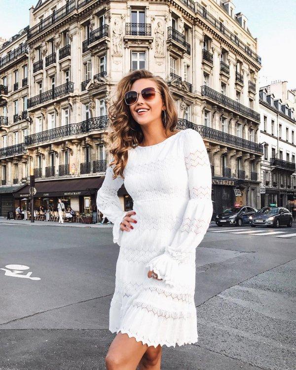 White, Clothing, Photograph, Street fashion, Shoulder,
