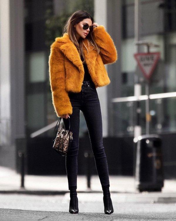 fur clothing, jeans, fur, coat, fashion model,