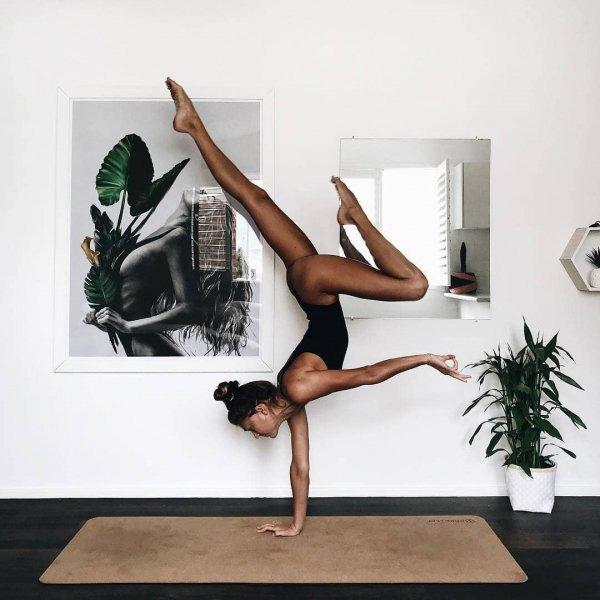 Physical fitness, Leg, Yoga, Joint, Shoulder,