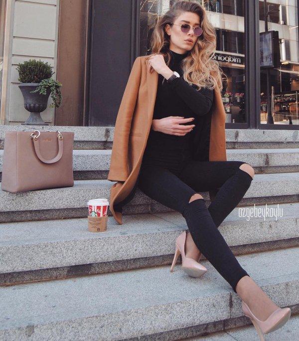 footwear, shoulder, fashion model, leg, tights,