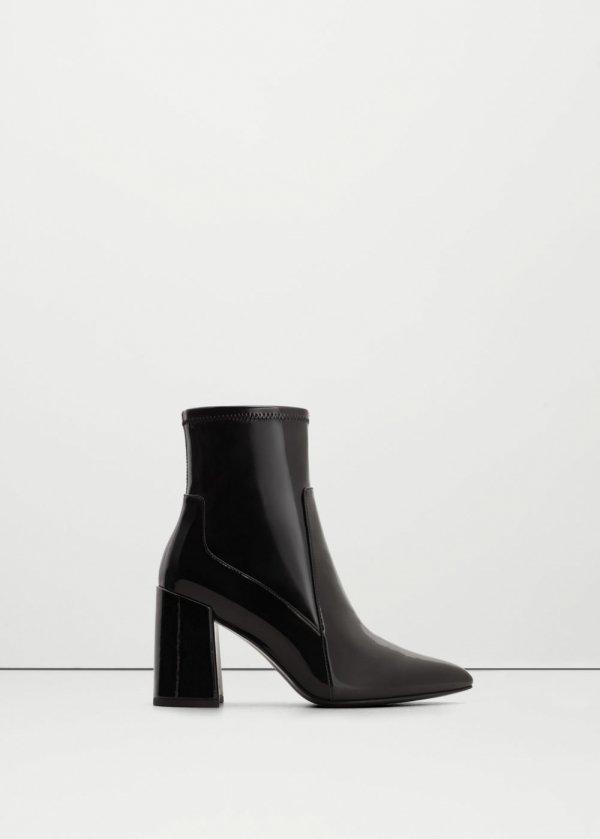 footwear, black, leather, boot, high heeled footwear,
