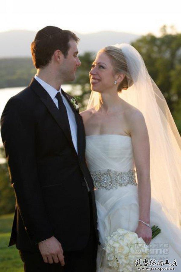Bride, Gown, Wedding dress, Veil, Photograph,