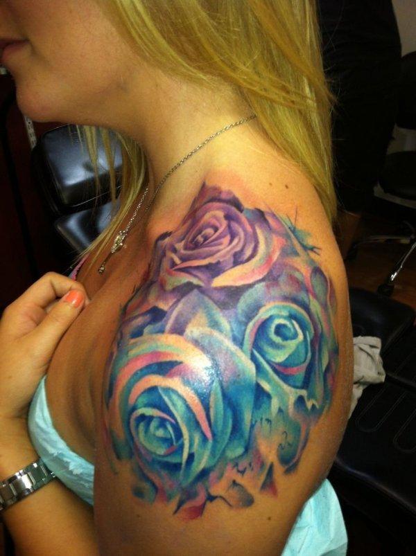 tattoo,face,arm,head,organ,