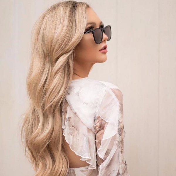 hair, eyewear, human hair color, hairstyle, blond,