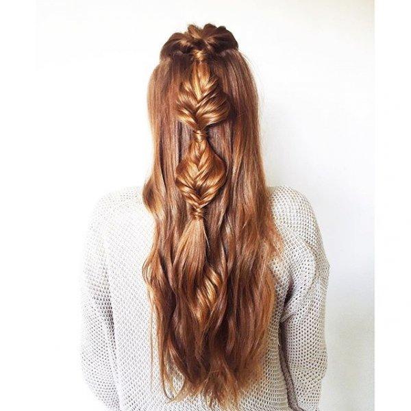 hair, hairstyle, long hair, ringlet, blond,