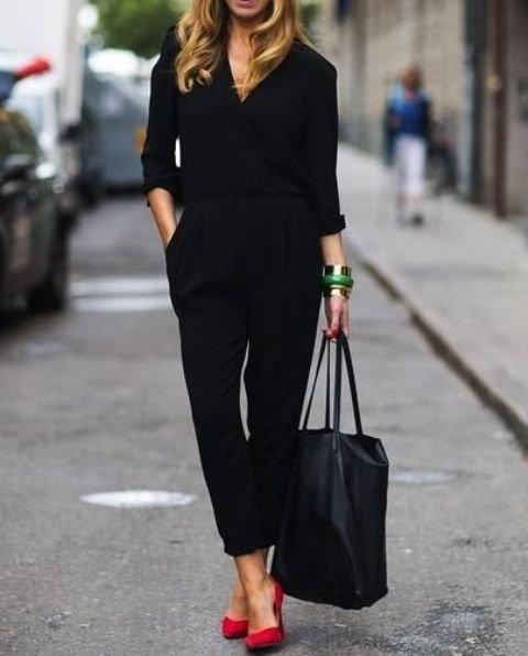 clothing,little black dress,dress,sleeve,footwear,