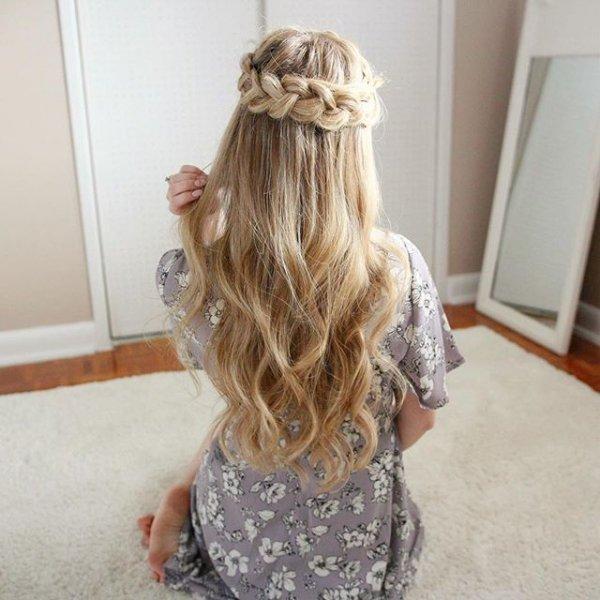hair, hairstyle, long hair, blond, artificial hair integrations,