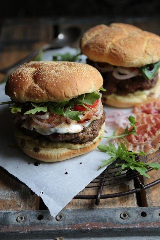 Food, Hamburger, Dish, Cuisine, Veggie burger,