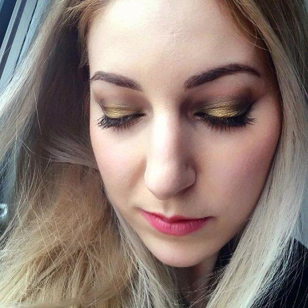 Jaina's Gorgeous Gold Smoky