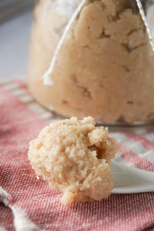 biscuit, flavor, baking, dairy product, dessert,
