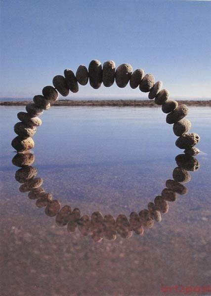 jewellery,fashion accessory,necklace,bracelet,circle,