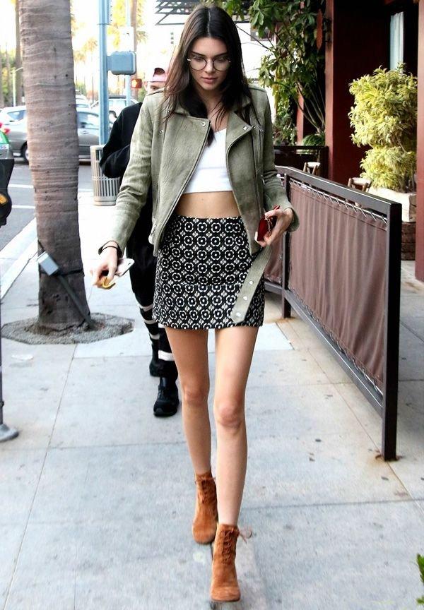 clothing, footwear, snapshot, black and white, polka dot,