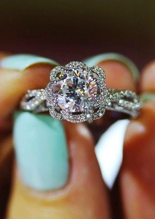 jewellery,ring,fashion accessory,gemstone,diamond,