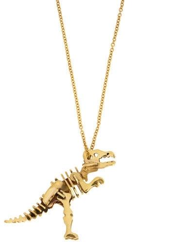 Distinct Extinction Necklace