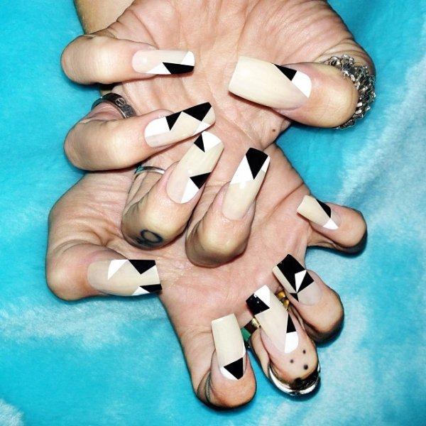 finger, nail, manicure, hand, moustache,