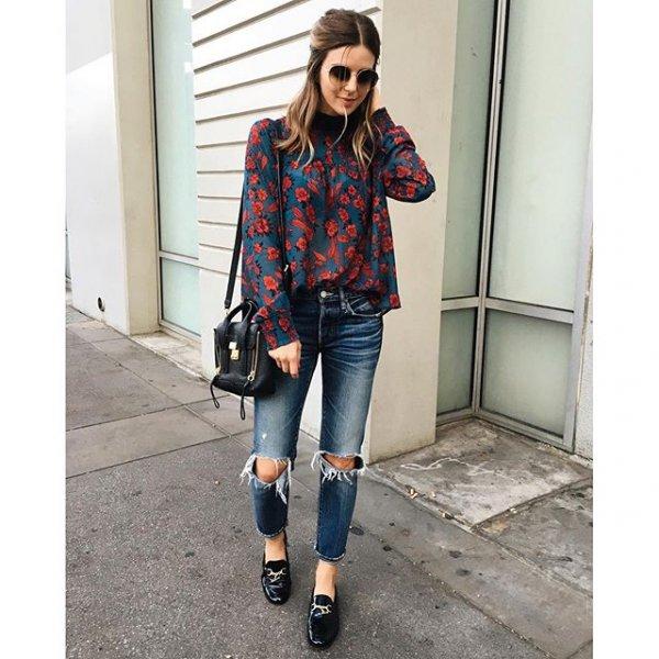 clothing, sleeve, footwear, pattern, outerwear,