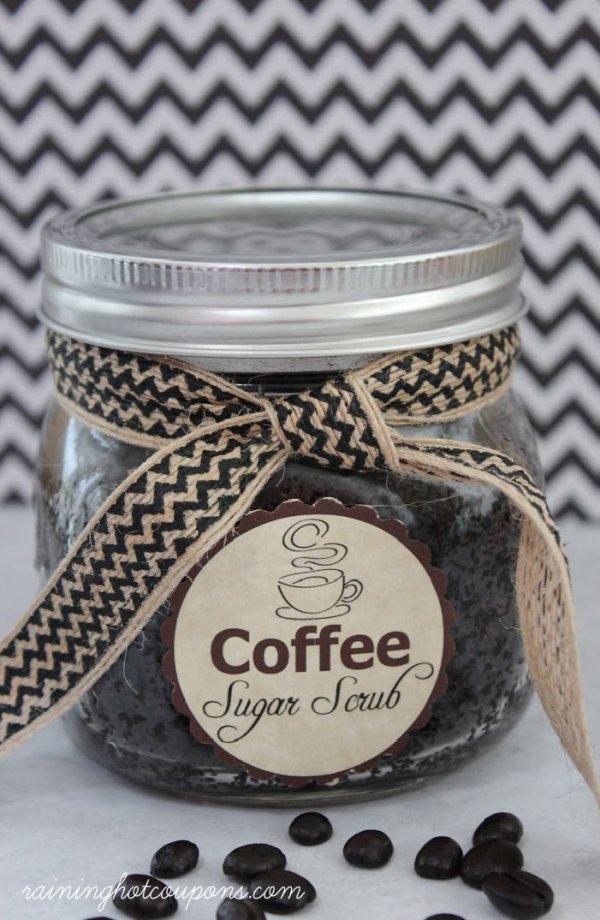 Coffee Scrub That Exfoliates and Fights Cellulite