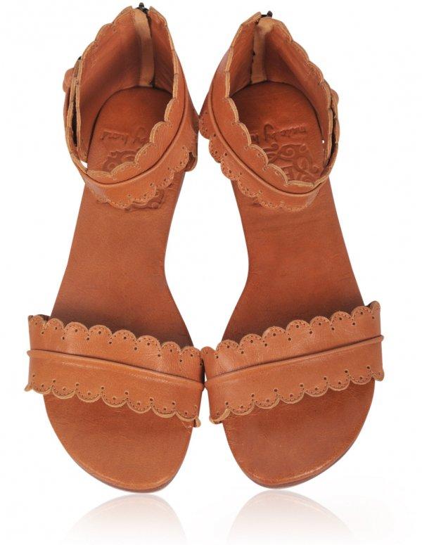footwear,brown,shoe,tan,orange,