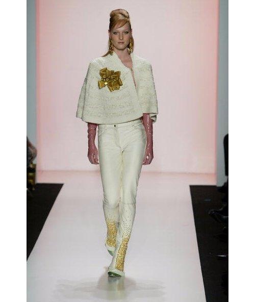 Fashion, Clothing, Fashion model, Fashion show, Runway,