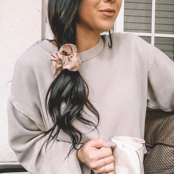 hair, hairstyle, shoulder, black hair, long hair,