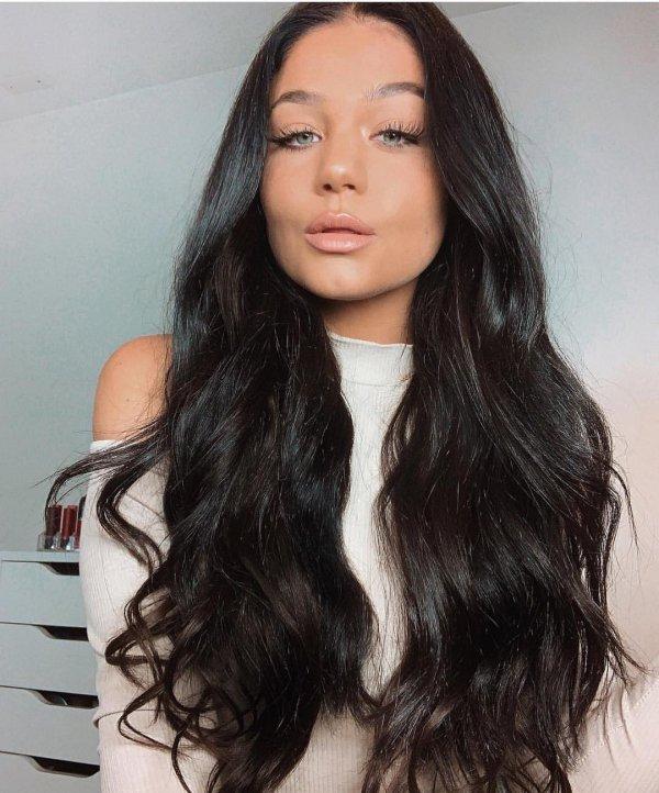 Hair, Hairstyle, Face, Long hair, Black hair,