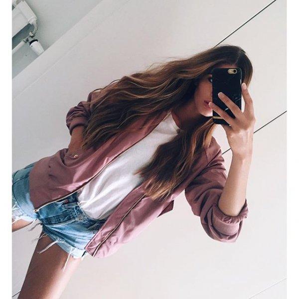 hair, clothing, hairstyle, arm, long hair,