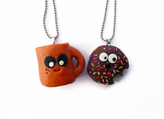 earrings,pendant,jewellery,fashion accessory,bead,