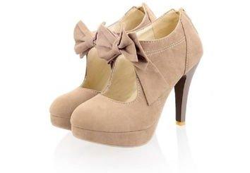 footwear,leather,brown,shoe,leg,