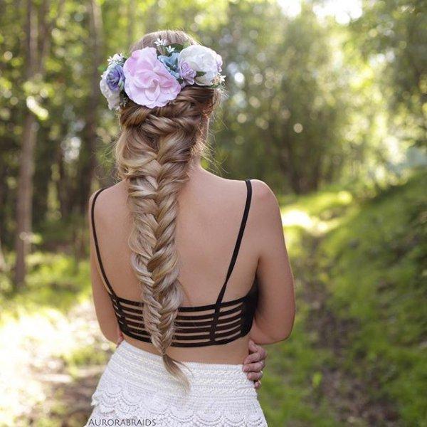 clothing, woman, dress, fashion accessory, woodland,