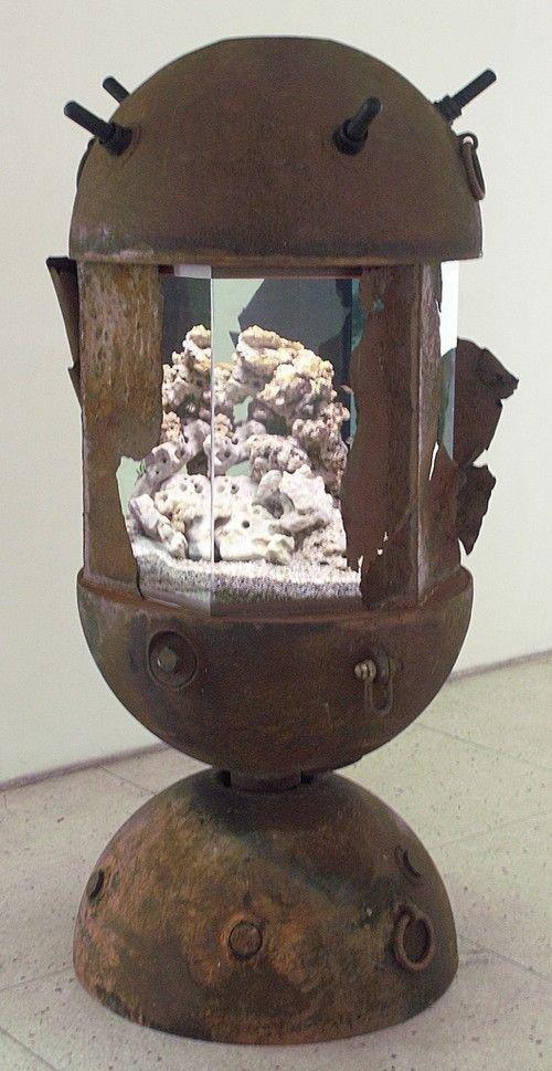 Aquarium Made from Russian Deep-sea Mine Materials